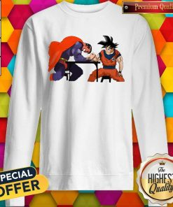 Top Superman Arm-wrestling Songoku Sweatshirt