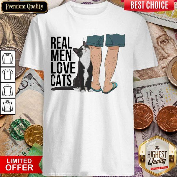 Real Men Love Cats Vintage Retro Shirt